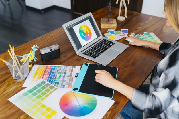 Explore inspiration to help fuel your logo ideas.